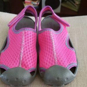 New crocs kids size 13 velcro adjustable straps